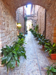 town-spello-alley